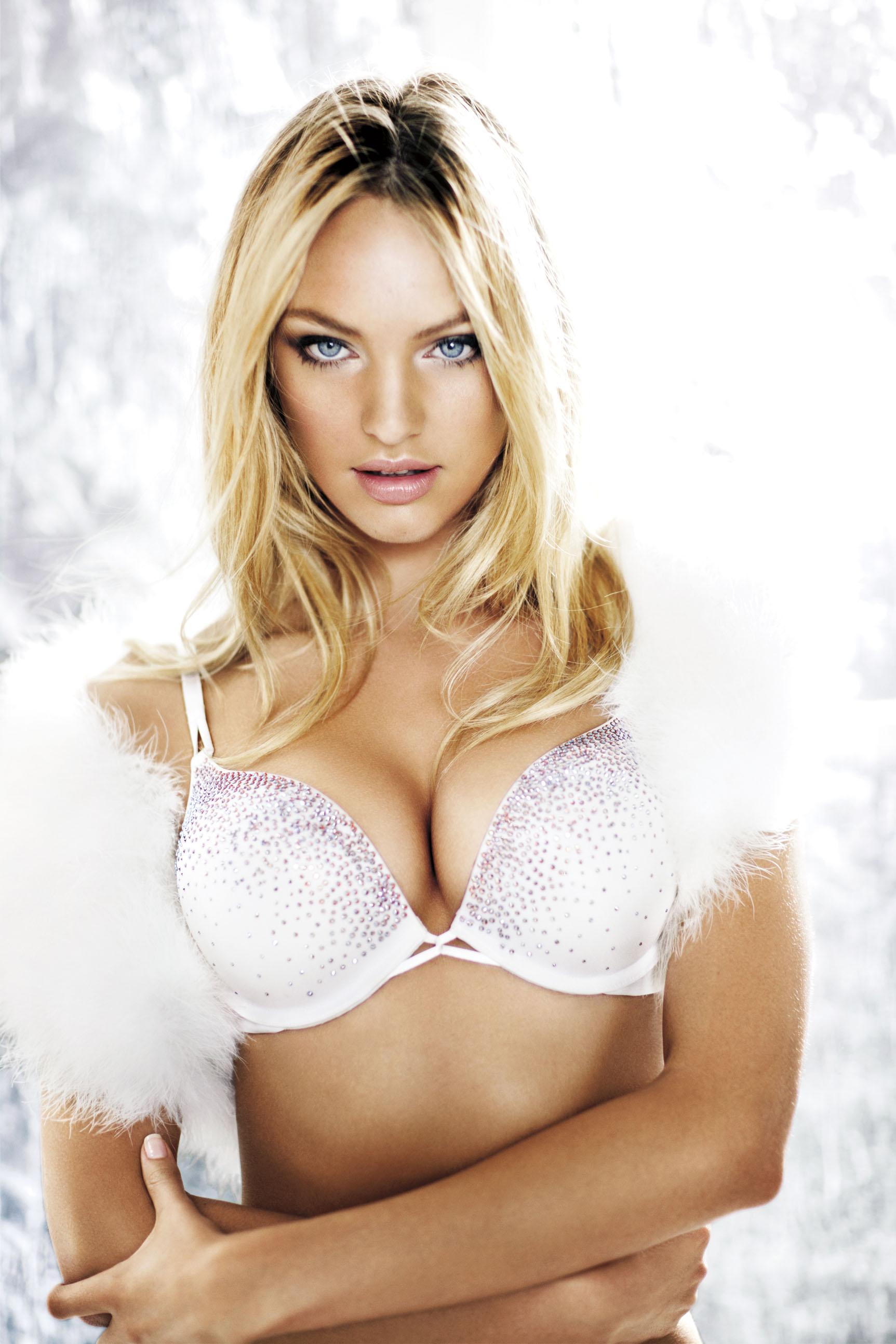 Victorias Secret Miracle Bra Bikini Panties 99