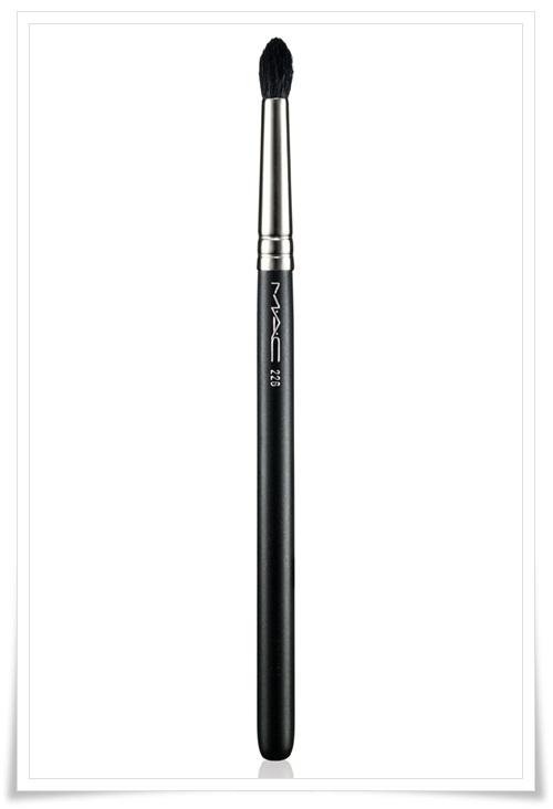 Mac Me Over Fall 2011 Stunning Makeup Collection Look