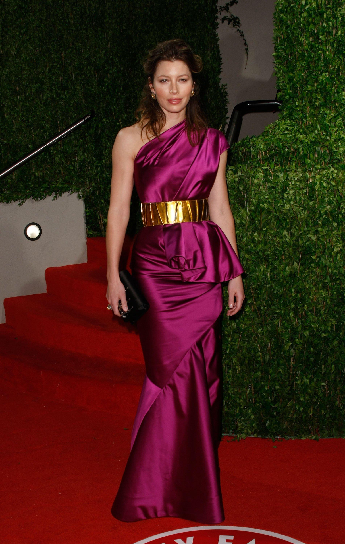 Jessica Biel Purple Dress Black Clutch She12 Girls