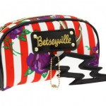 Betseyville Naughty Roses 3 Piece Cosmetic Bag 3
