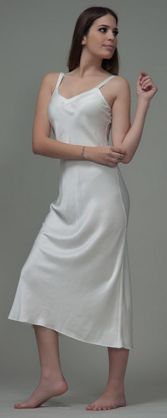 Amazingly beautiful girlfriend in her little apron - 2 5