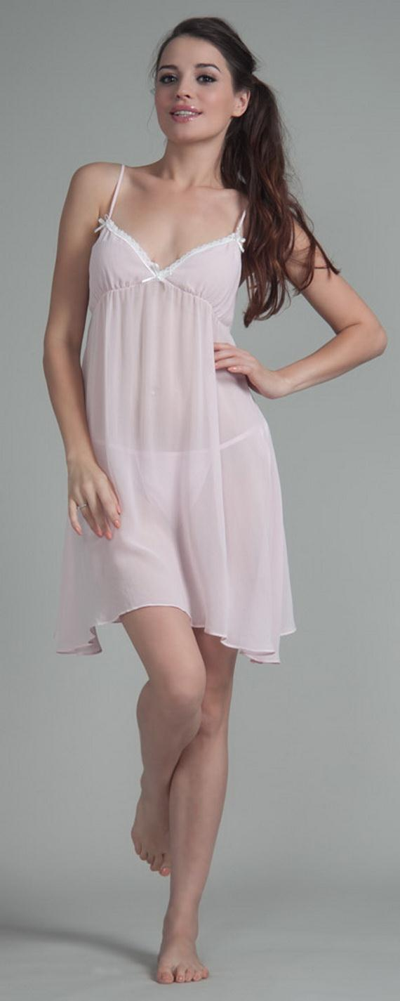 White Exquisitely Beautiful And Romantic Luxury Nighties 7  af98cfd91