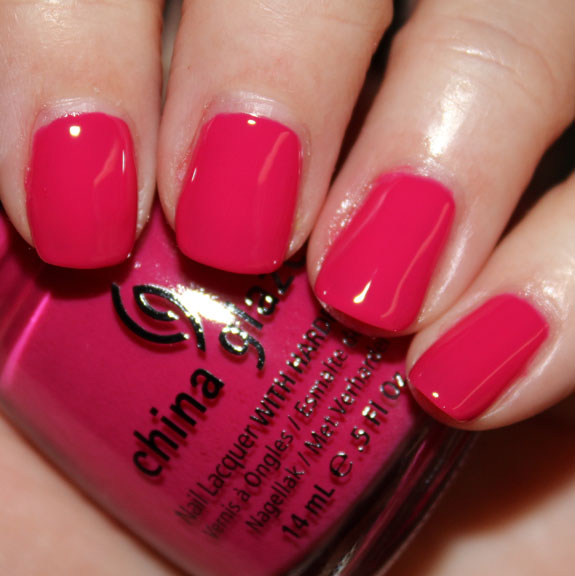 China Glaze Fuchsia Fanatic She12 Girls Beauty Salon