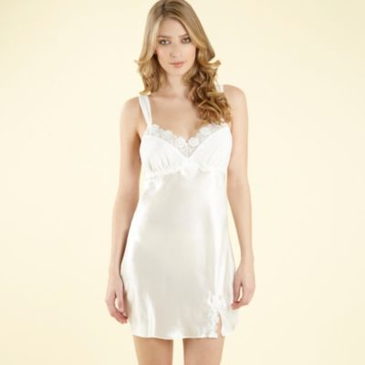 Bridal Loungewear on You Should Also Try To Choose Bridal Nightwear Or Sleepwear