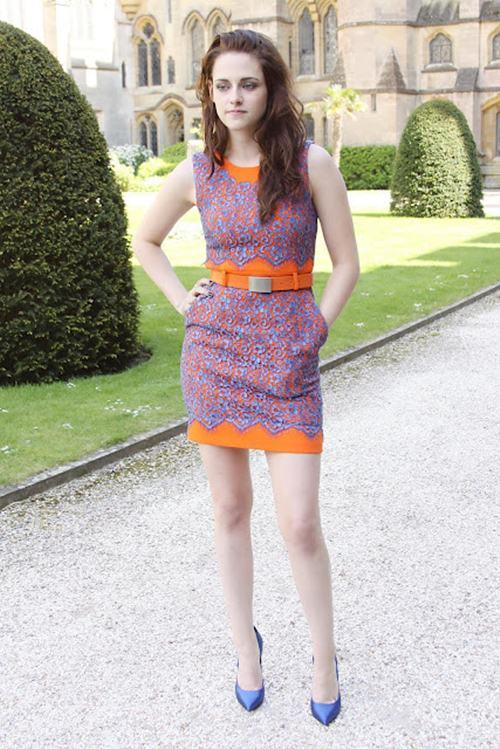 Kristen Stewart In Short Skirt For Outing 22 She12