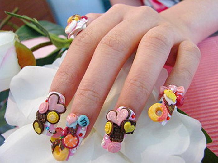 3D Beast Flower Nail Art Trend