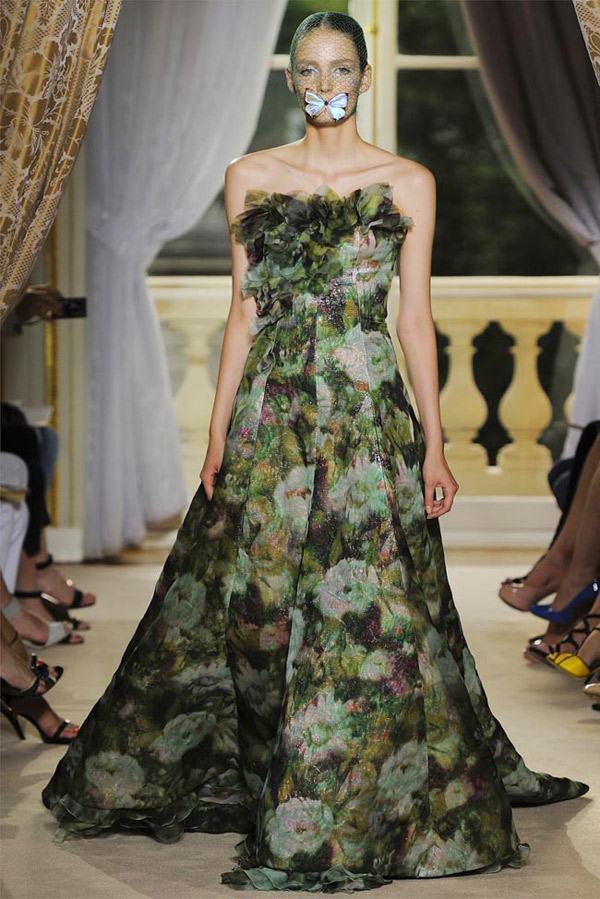 Giambattista Valli Haute Couture Green Flowery Freak Collection 17