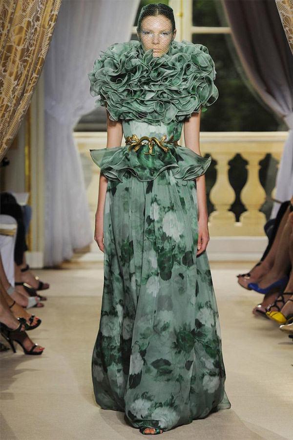 Giambattista Valli Haute Couture Green Flowery Freak Collection 20