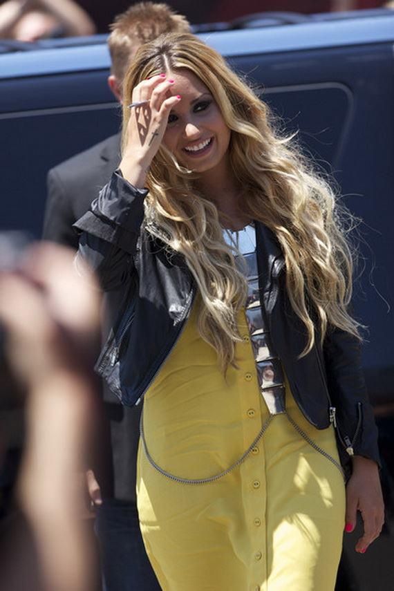 Demi Lovato Celebrity Party Wear Hairstyles She12 Girls Beauty Salon